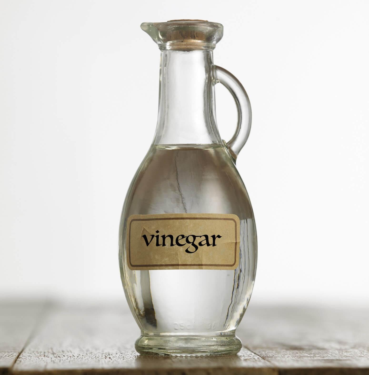 Traitez vos cheveux avec du vinaigre