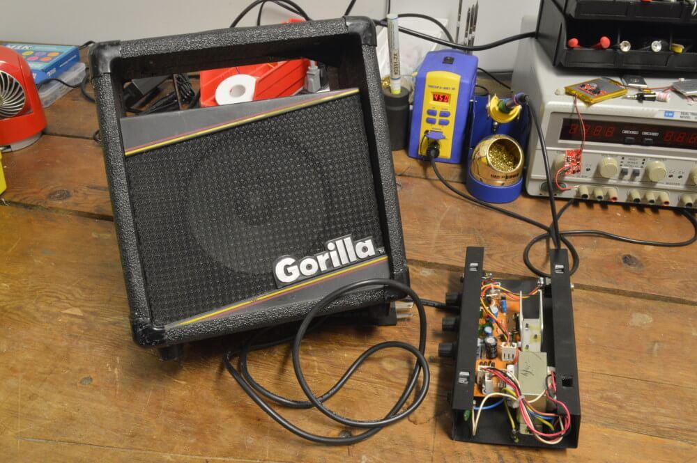Un microphone peut-il casser un ampli guitare